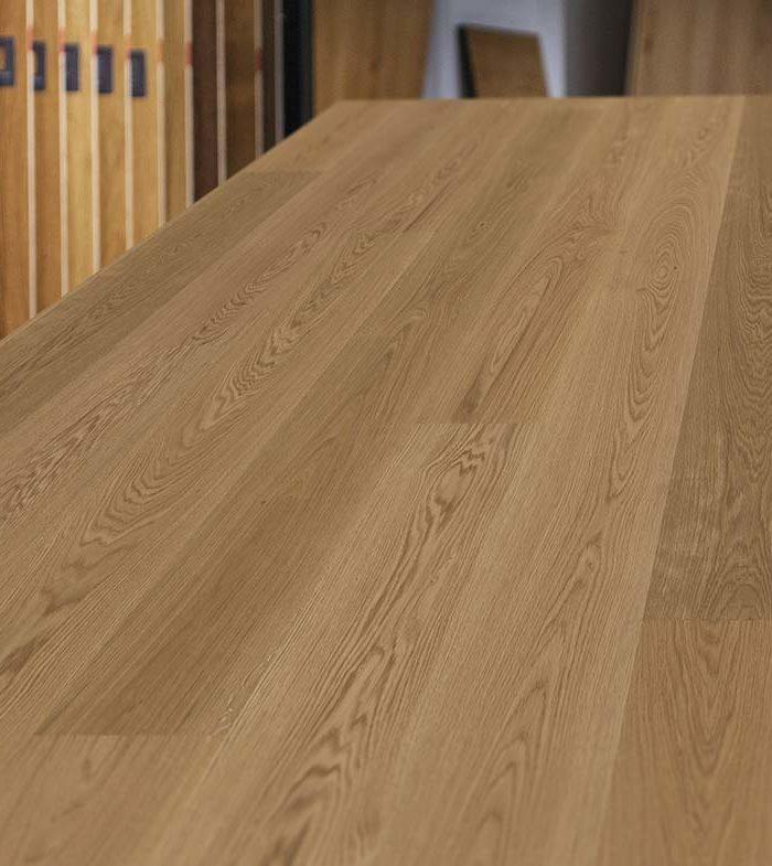 Eurowood Eiche Vancouver gebürstetBeeindruckende Optik Höchste QualitätBesonders widerstandsfähig Natürlicher Look dank uriger Holzoptik